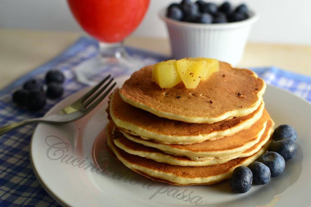 pancake alle mele ricetta  (23)