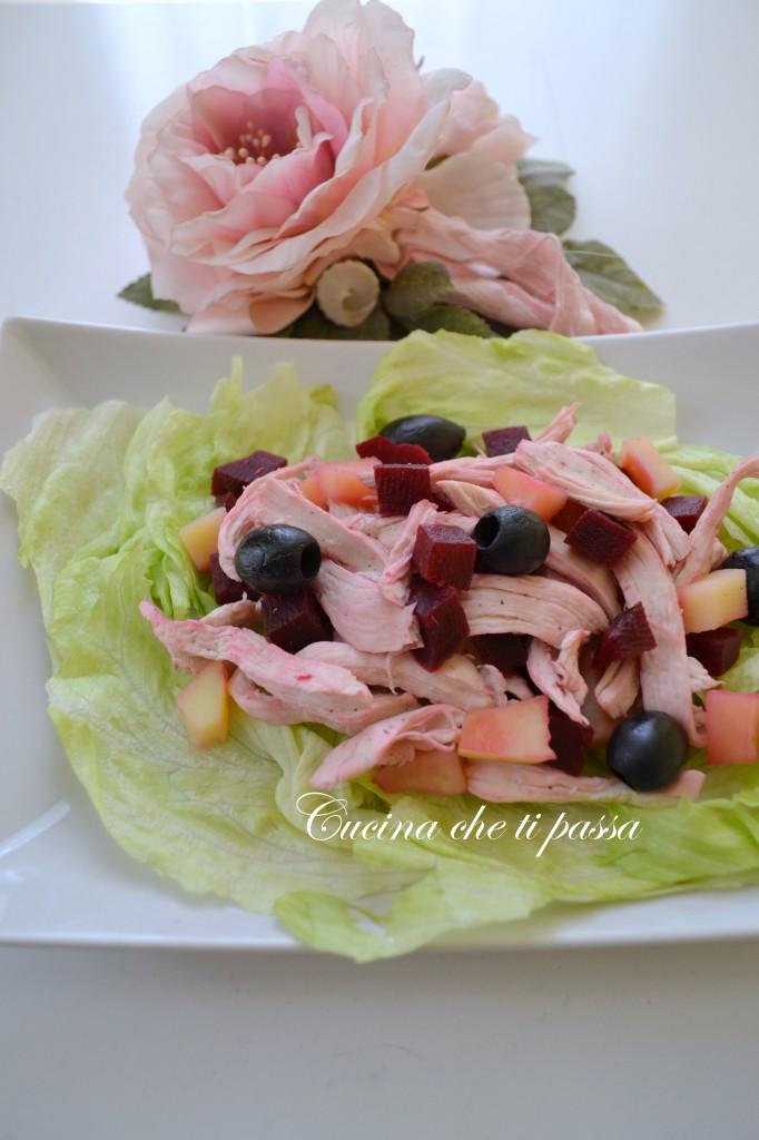 ricetta insalata di pollo rosa festa della mamma (17)