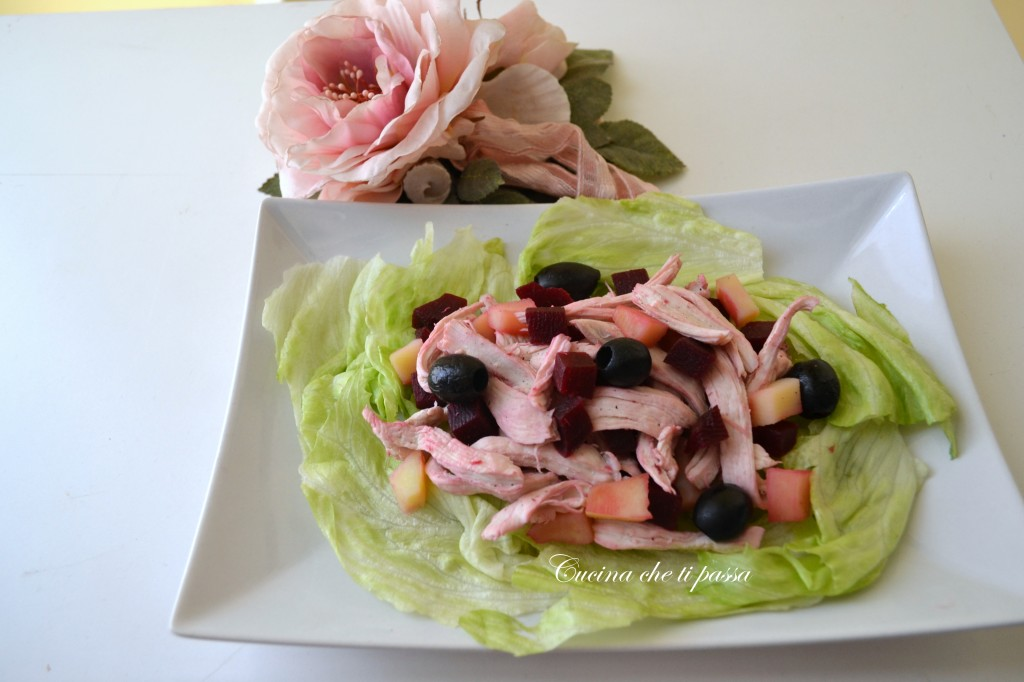 ricetta insalata di pollo rosa festa della mamma (21)