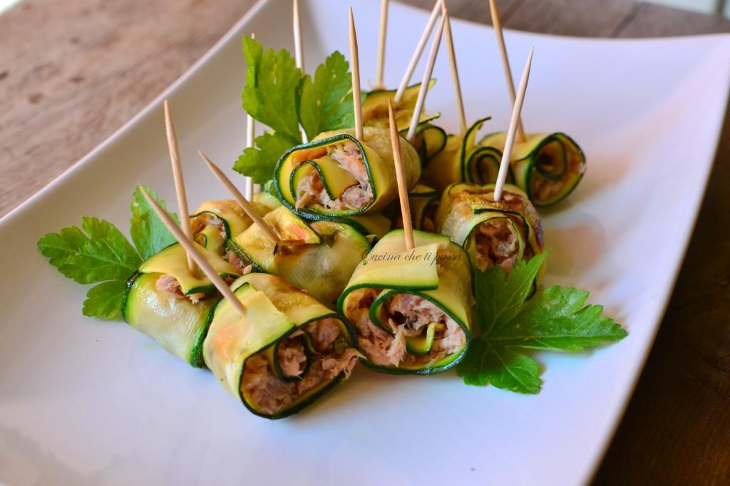 ricetta involtini di zucchina e tonno (38)