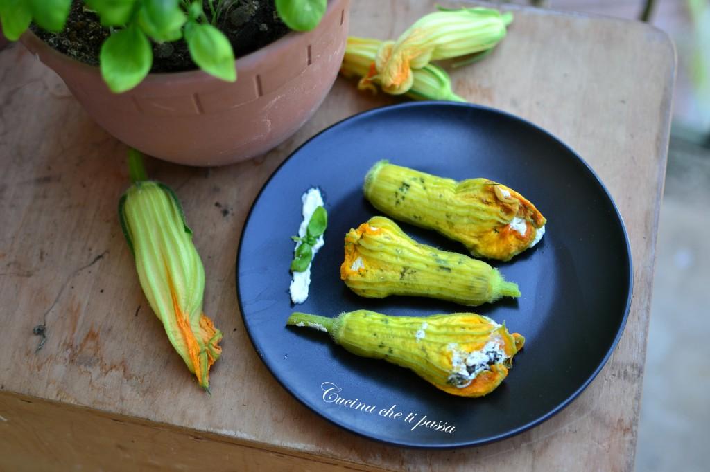 ricetta fiori di zucca ripieni cotti al vapore (1)