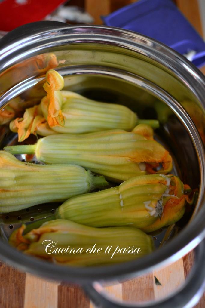ricetta fiori di zucca ripieni cotti al vapore (3)