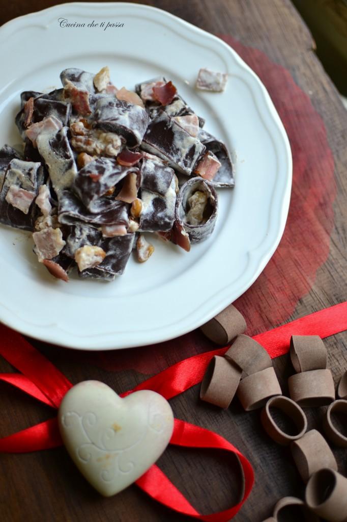 pasta al cacao panna e speck ricetta (26)
