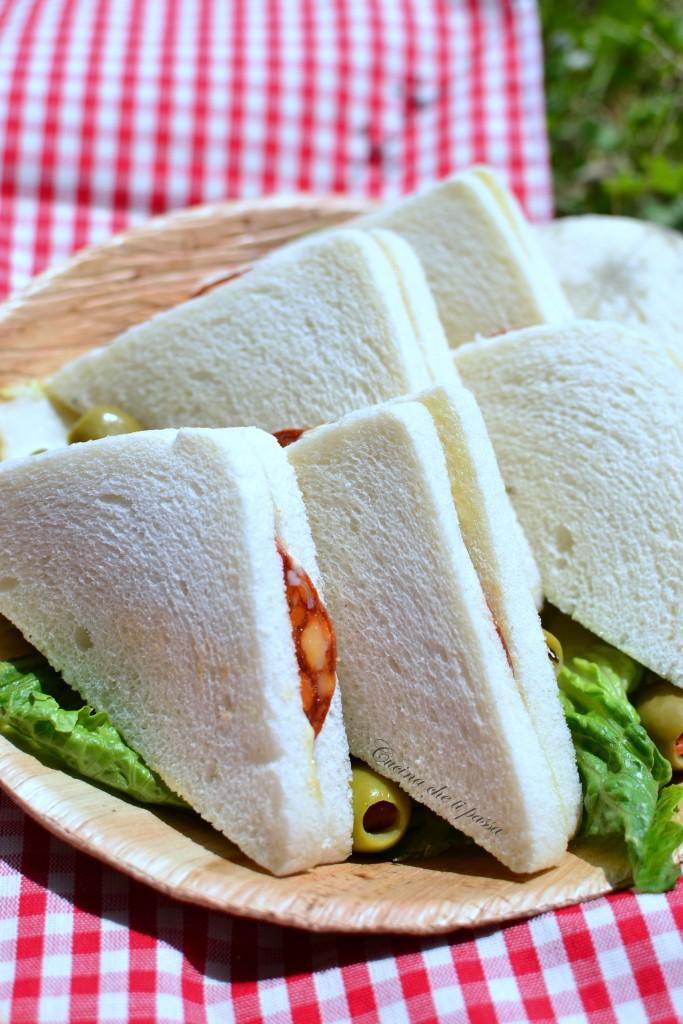 ricetta tramezzini con salame e carciofini (10)
