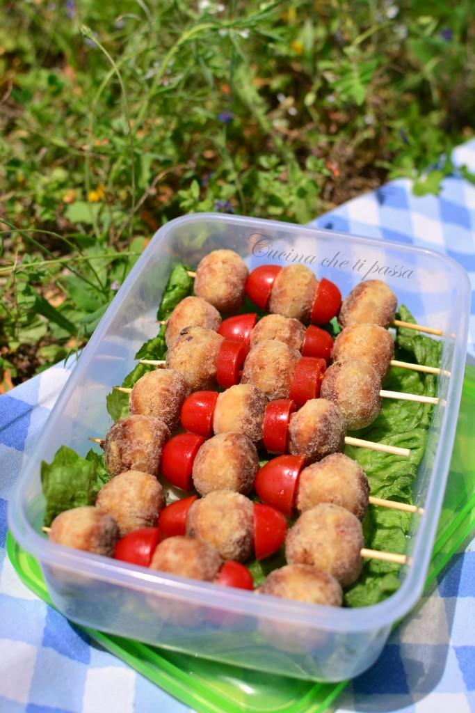 spiedini di patate di pane e ricotta ricette picnic (14)