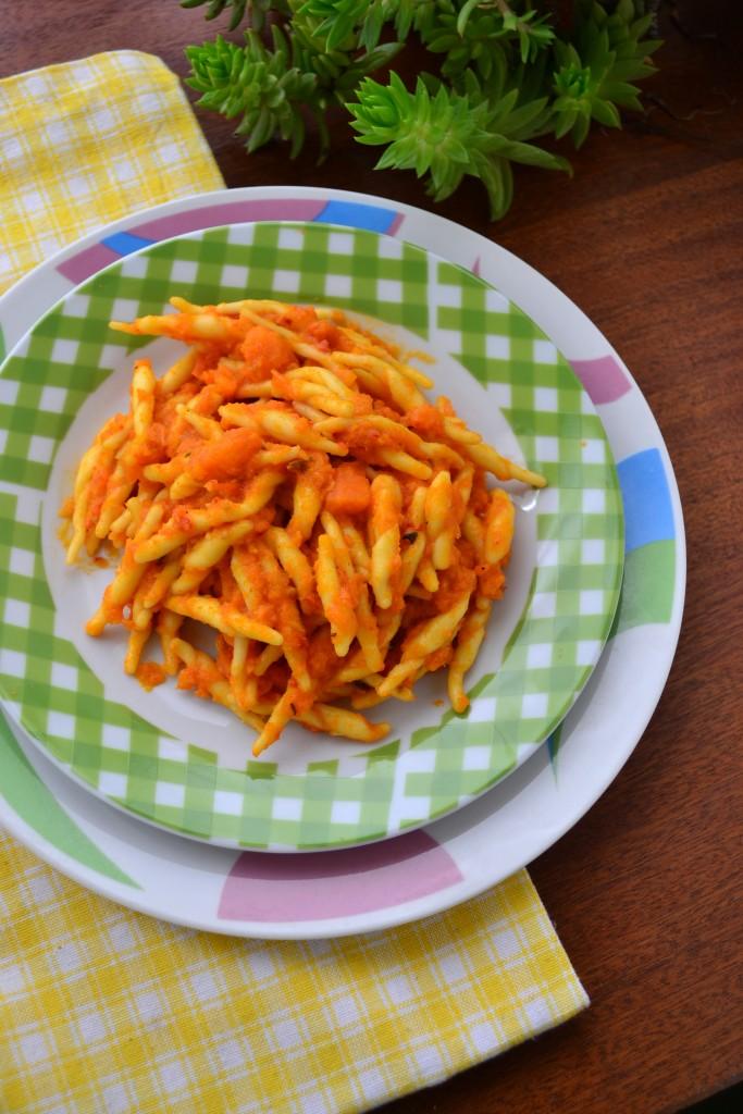 trofie in salsa di carote ricetta (18)