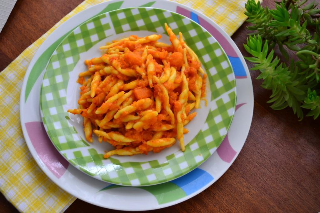 trofie in salsa di carote ricetta (21)