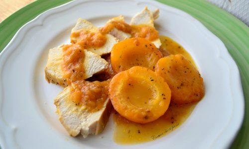 Arrosto di pollo con albicocche
