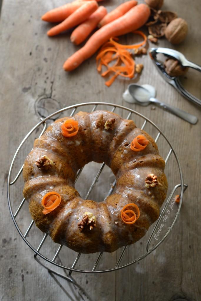 ciambellone alle carote e noci ricetta (20)