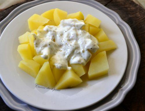 Insalata di patate e yogurt