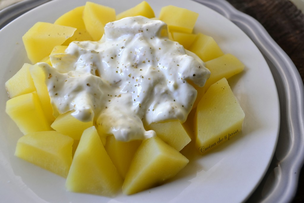 insalata di patate e yogurt ricetta (19)