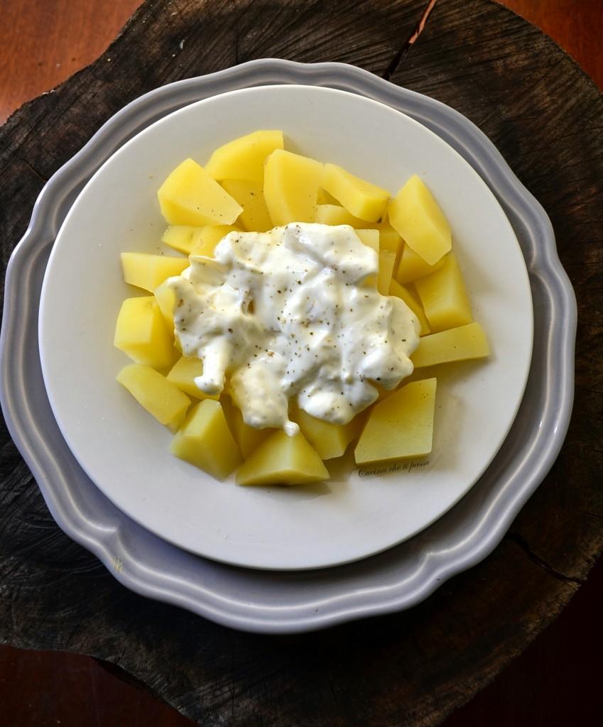 insalata di patate e yogurt ricetta (7)