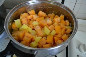 vellutata di zucca e patate ricetta (5)