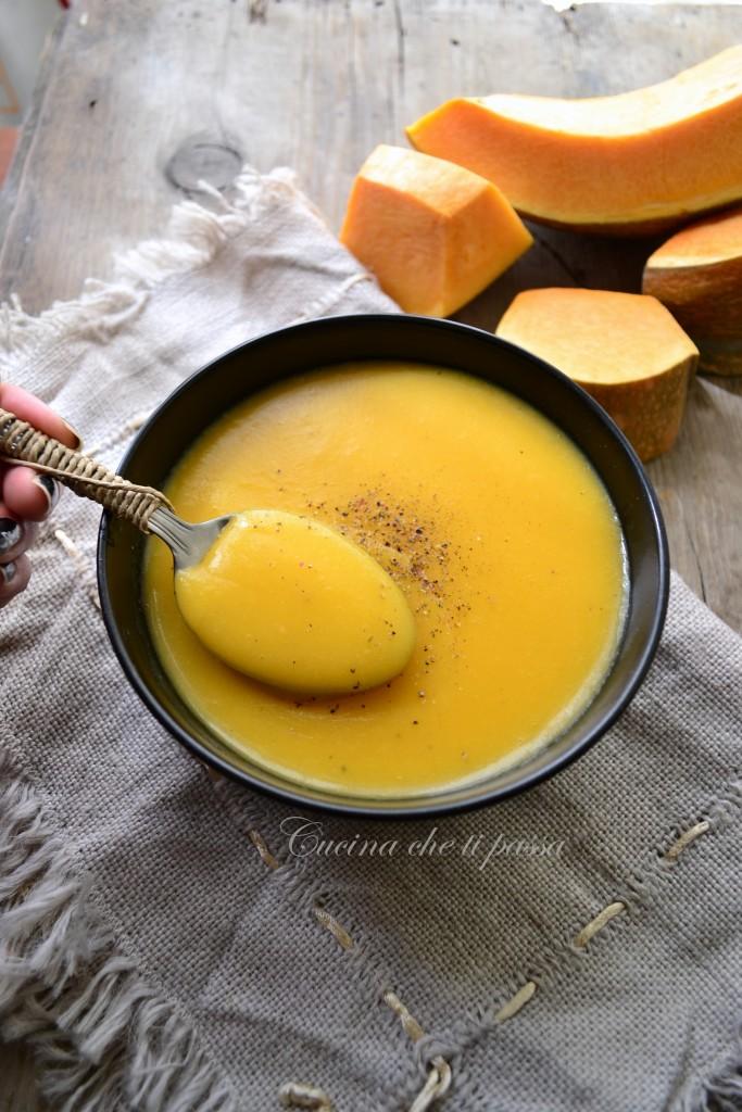vellutata di zucca e patate ricetta (60)