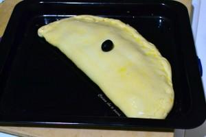 calzone con prosciuto e wurstel ricetta (5)