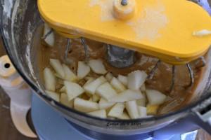 torta con yogurt e pere ricetta (2)