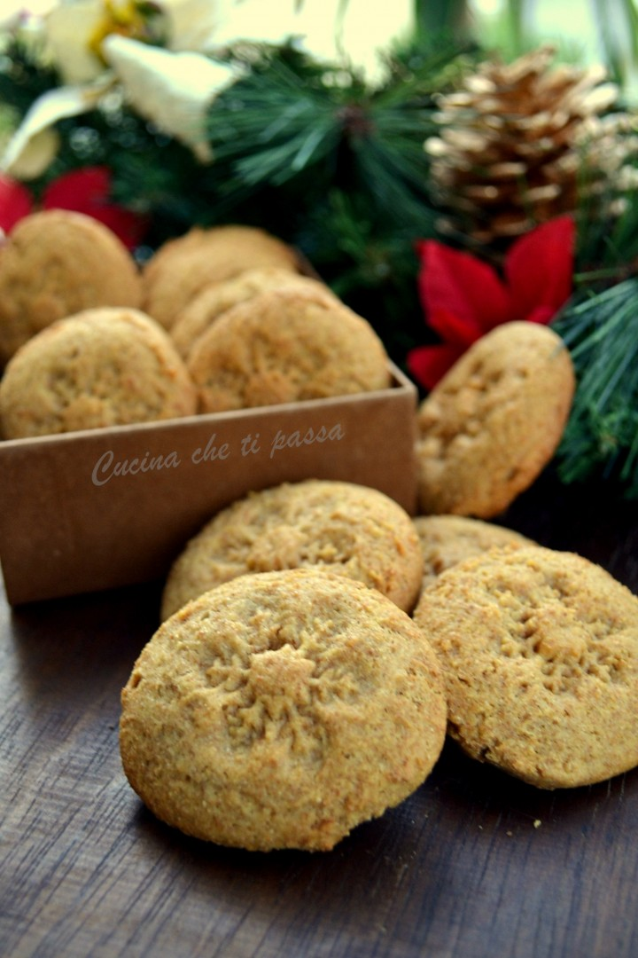 biscotti integrali al miele ricetta (30)