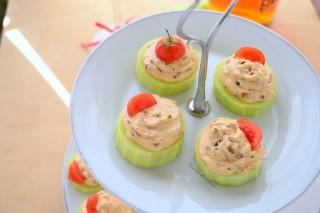 cetrioli-con-formaggio-e-pomodori-ricetta-antipasto-23-1024x683