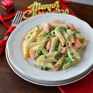 pasta con salmone e piselli ricetta (50)