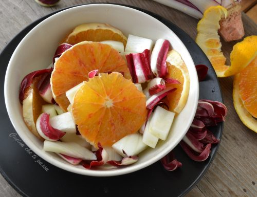 Insalata d'arance, finocchio e radicchio