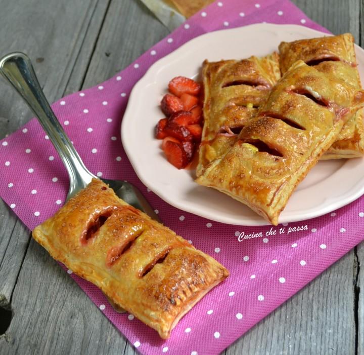 sfogliatine alle fragole ricetta (24)