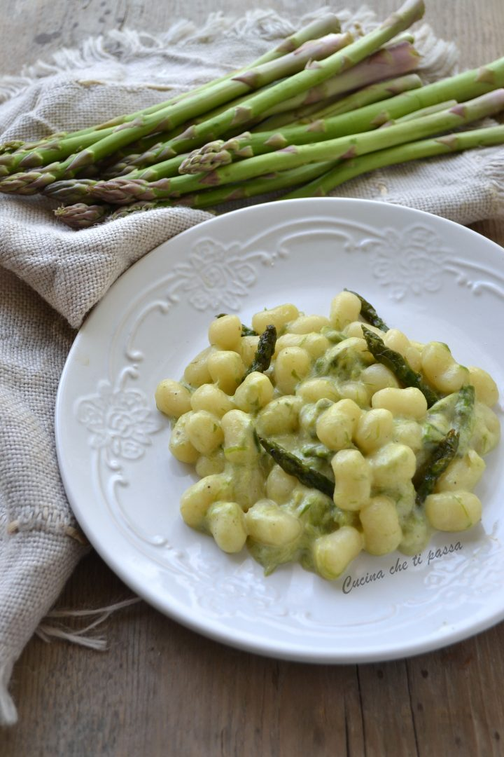 gnocchi con crema di asparagi ricetta (9)