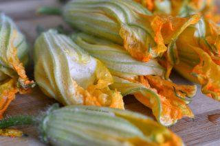 fiori di zucca ripieni di patate ricette facile (5)