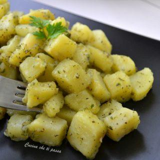 patate aromatiche in padella ricetta (26)