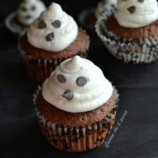 cupcake-fantasmino-per-halloween-ricetta-1