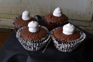 cupcake-fantasmino-per-halloween-ricetta-2