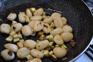 gnocchi con uova e zucchine ricetta (3)