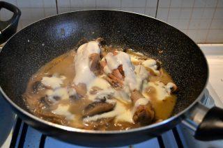 pollo-con-crema-ai-funghi-ricetta-12