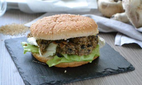 Hamburger di Quinoa e funghi