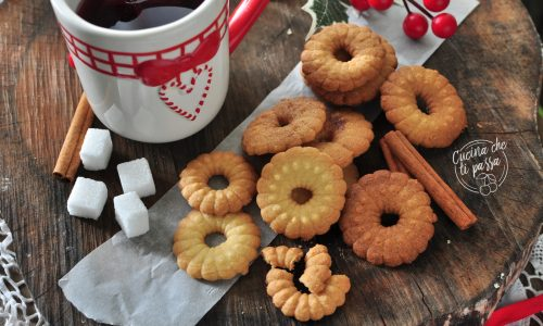 Biscotti ghirlanda