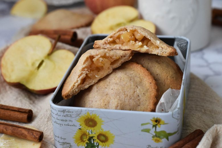 Biscotti con cuore di mela
