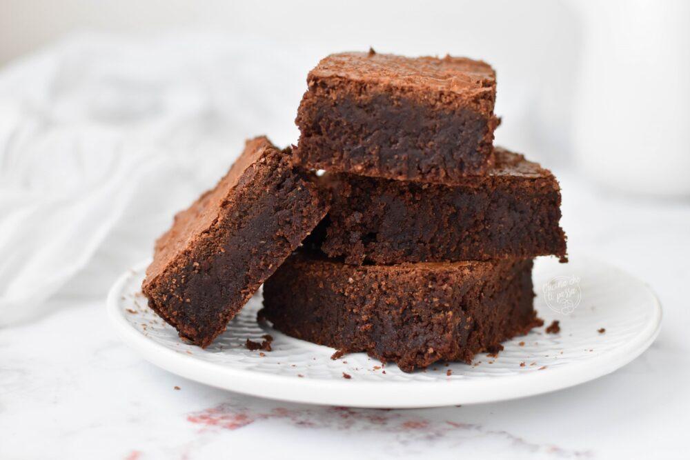Brownies al cocco e cioccolato