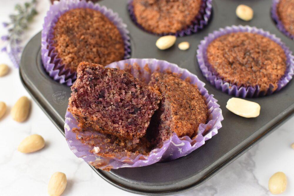 Muffin alle carote viola ricetta
