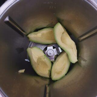 avocado dentro il bimby