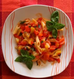Mezze penne con peperonata, ricetta e pasta e peperoni Cucina per caso con Amelia