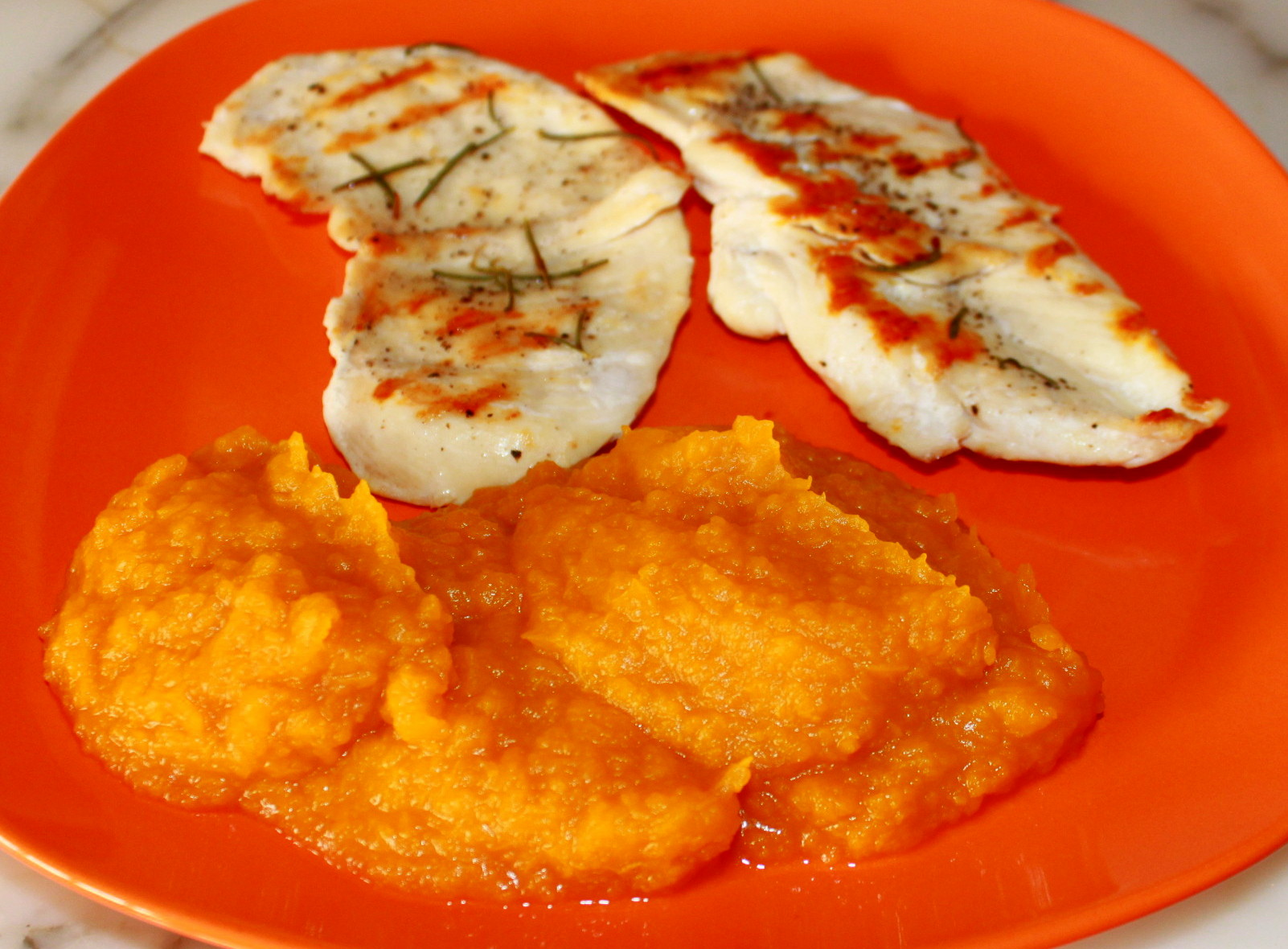 Purea gialla ricetta base con la zucca