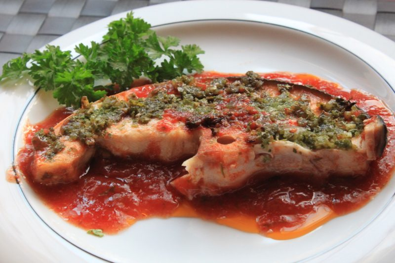 Pesce spada al forno, ricetta di mare