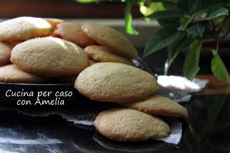 Biscotti meini, ricetta dolce lombarda