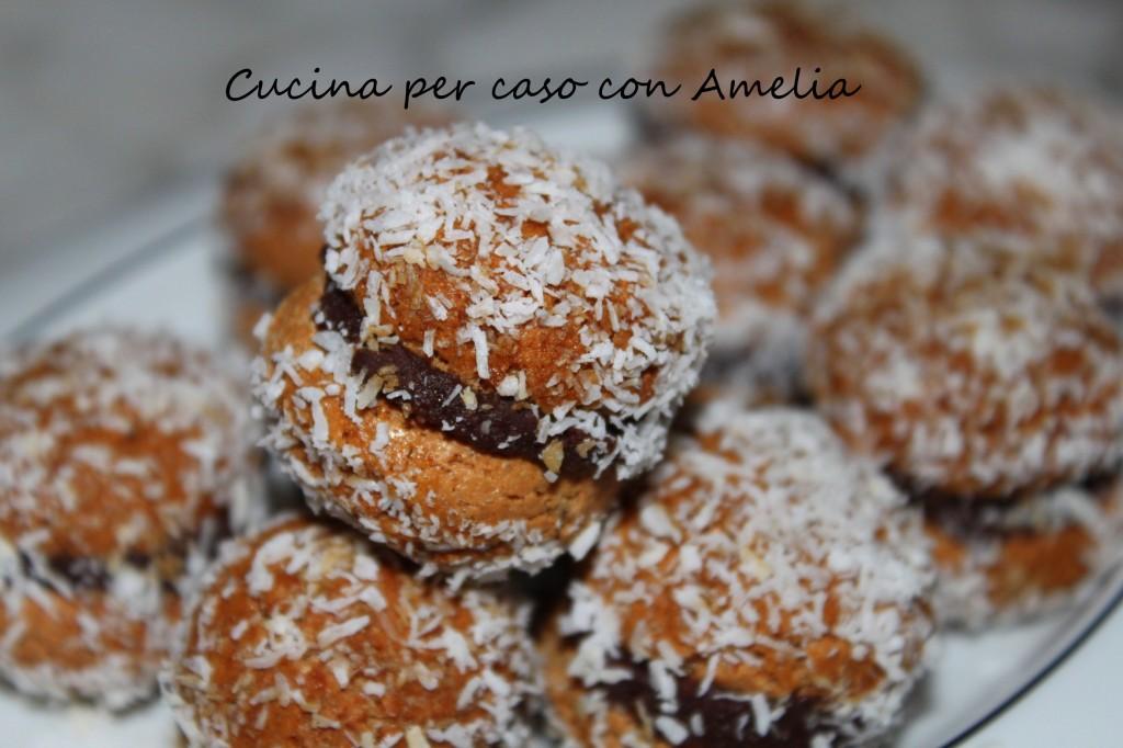 Baci di amaretti, ricetta dolce veloce | Cucina per caso con Amelia