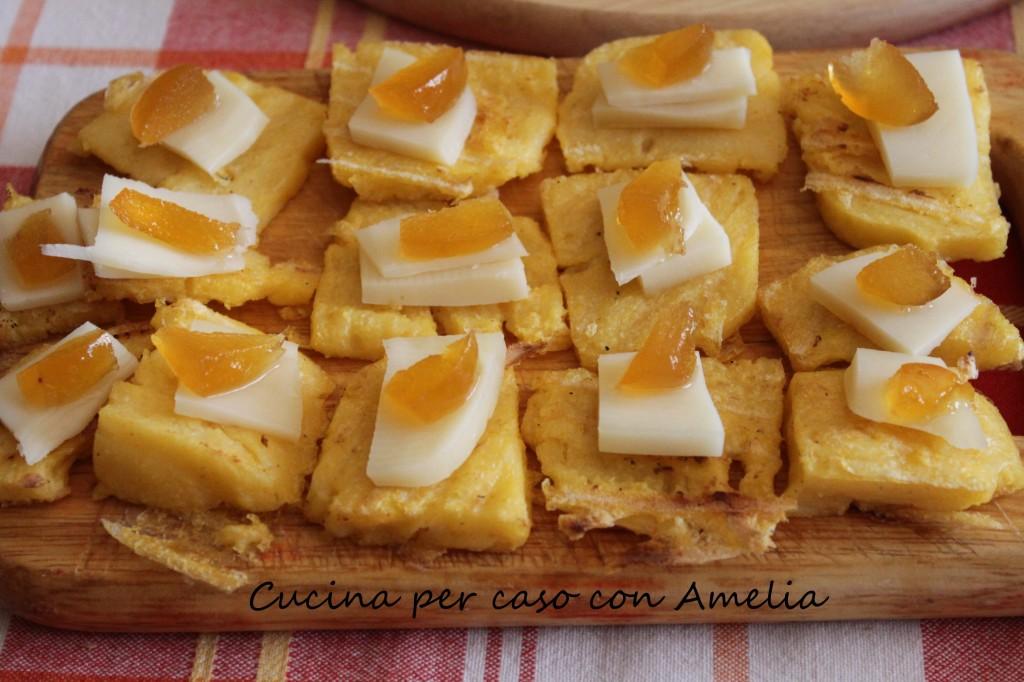 Polenta con formaggio e mostarda, ricetta | Cucina per caso con Amelia