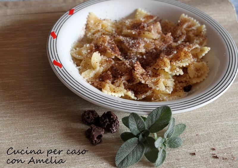 Pasta con gli amaretti, ricetta tipica   Cucina per caso con Amelia