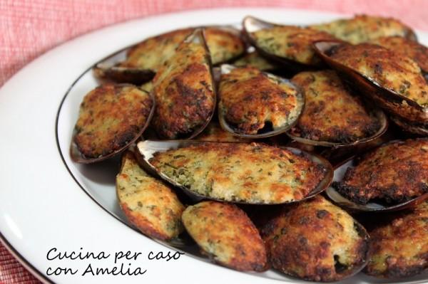 Cozze gratinate, ricetta di mare   Cucina per caso con Amelia