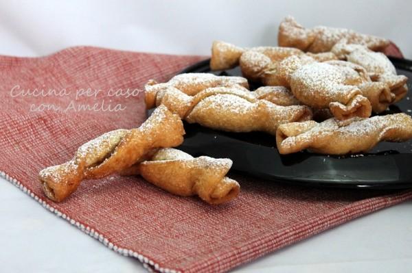 Frittelle ripiene, ricetta dolce   Cucina per caso con Amelia
