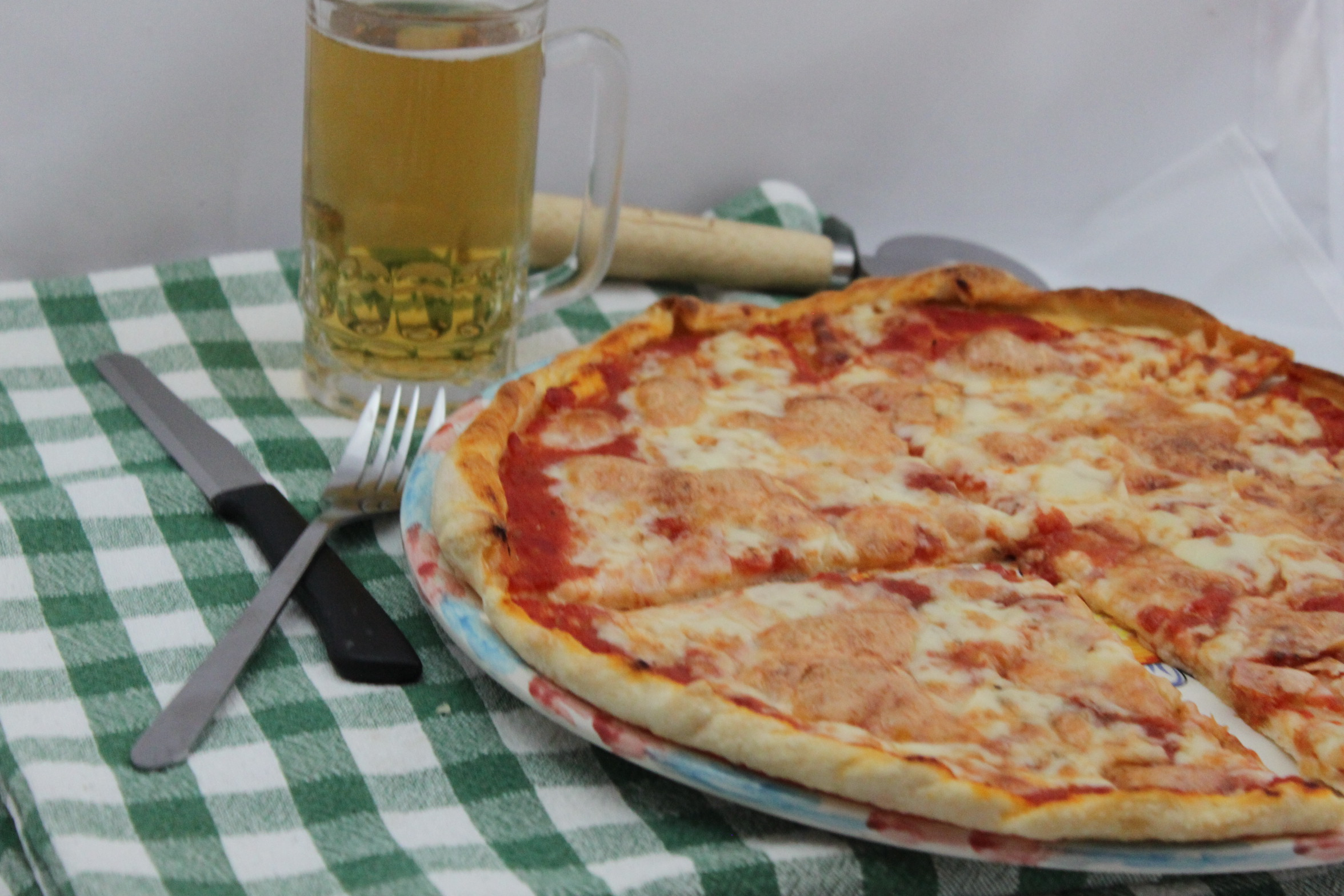 Pizza fatta in casa ricetta cucina per caso con amelia for Pizza in casa