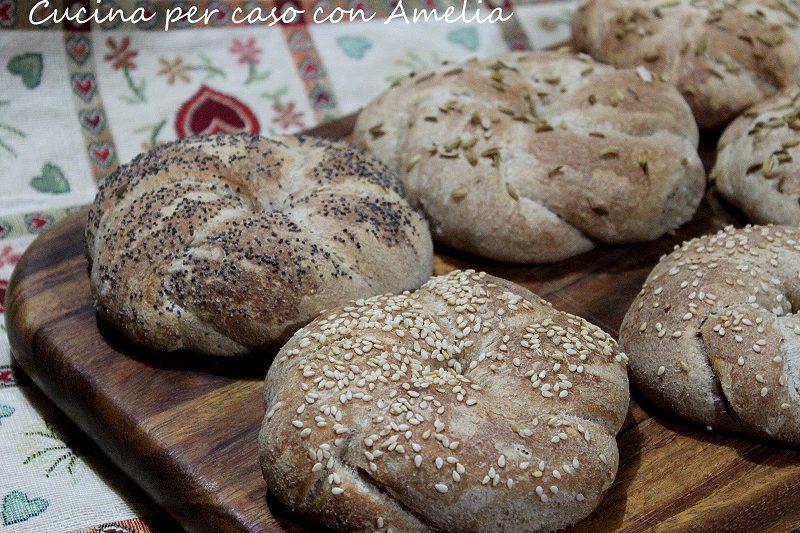 Ghirlande di pane aromatizzate