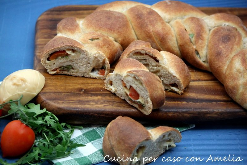 Treccia di pan brioche ripiena